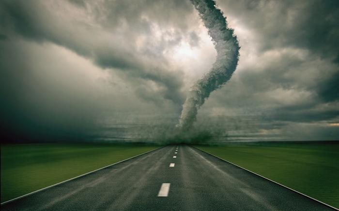 tornado-over-road